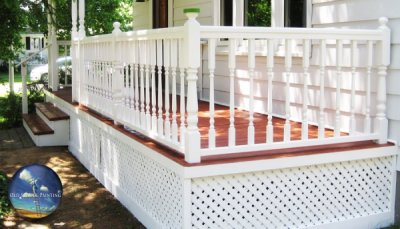Front porch colour transformation increases curb appeal